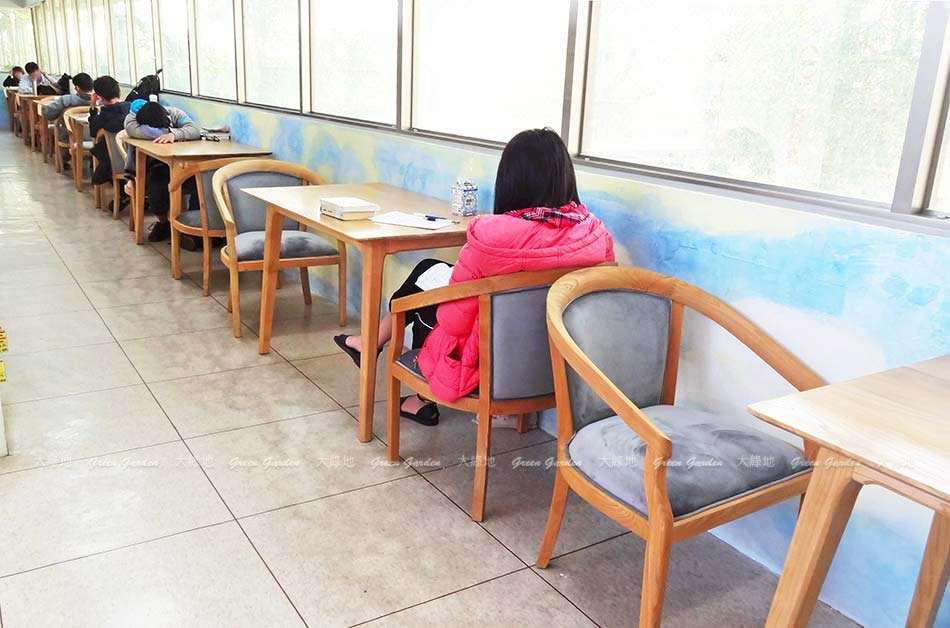 荷比沙發_圖書館長廊桌椅