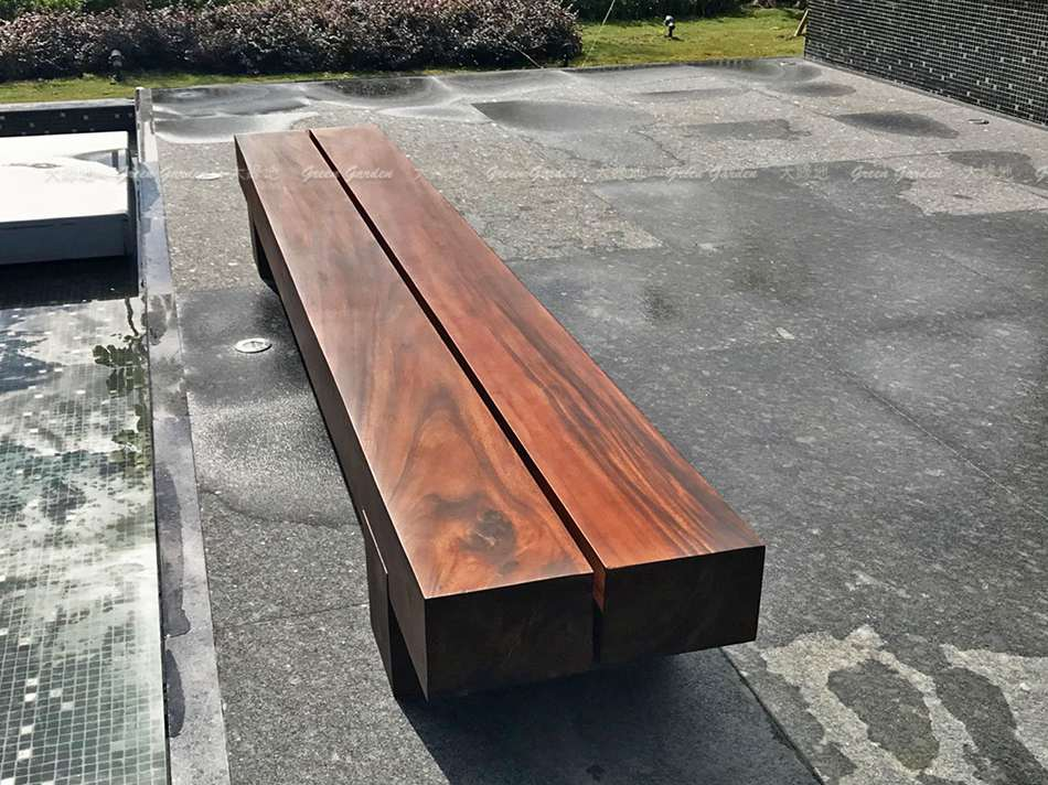 泳池畔實木長凳
