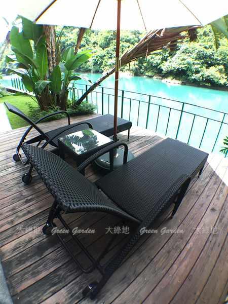 膠藤躺椅組2