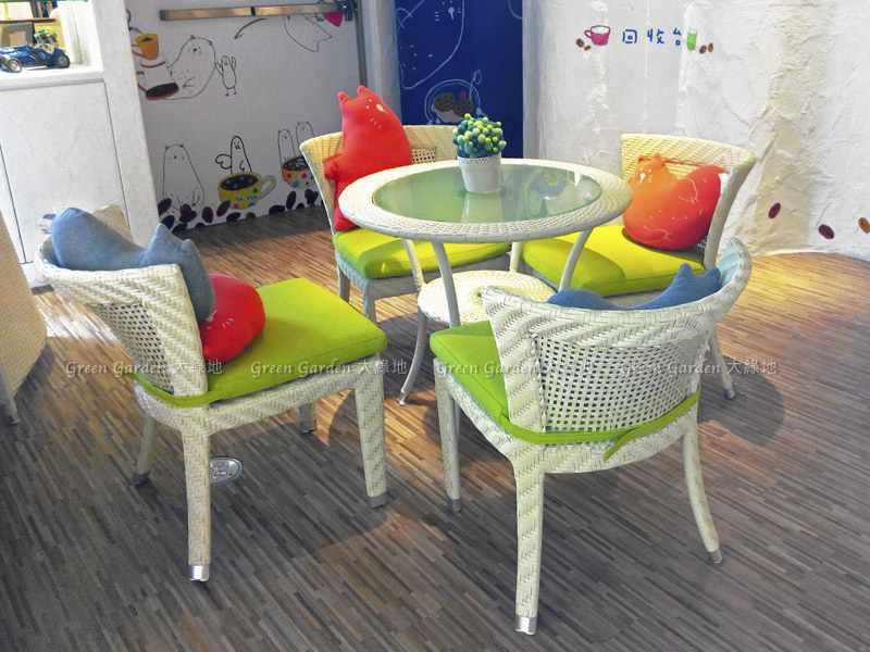 藤編餐桌椅3