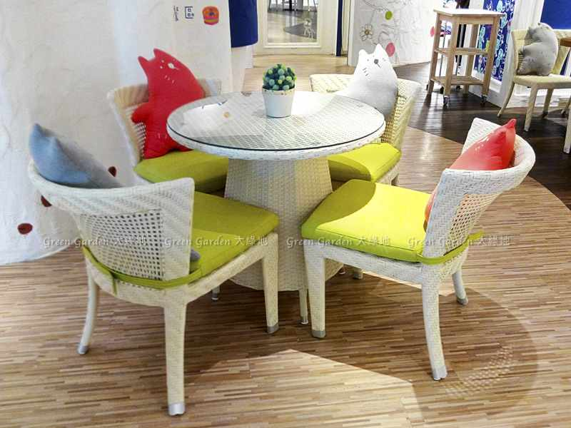 藤編餐桌椅4