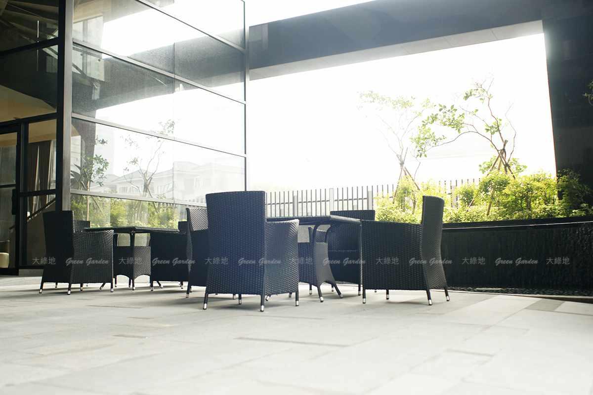 膠藤桌椅2