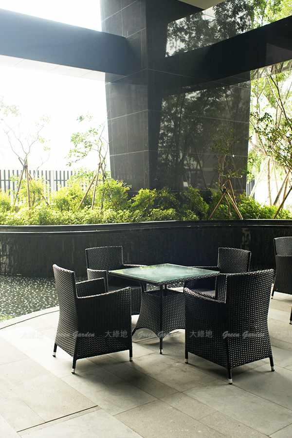 膠藤桌椅3