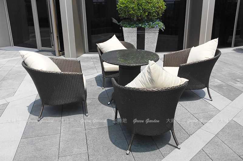膠藤餐桌椅組1