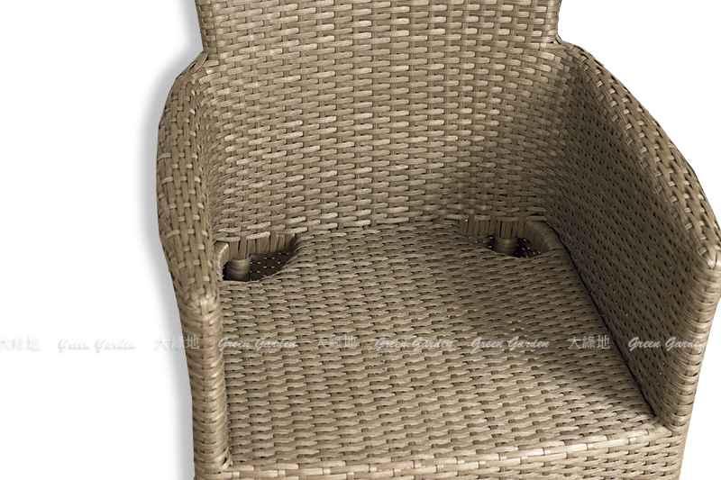蒙格爾餐椅細部